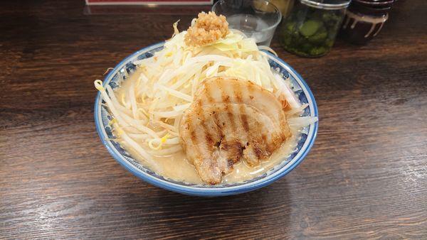 「ドカ盛野菜ラーメン」@麺屋 武士道 都立大学店の写真