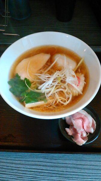 「天草大王の地鶏中華そば(正油) 780円 ラーパス特典 味玉」@麺匠えにしの写真