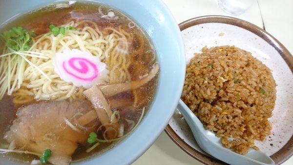 「半ナシラーメン」@中華料理 幸楽の写真