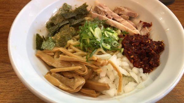 「海老辛油そば」@ラーメン 月麺の写真