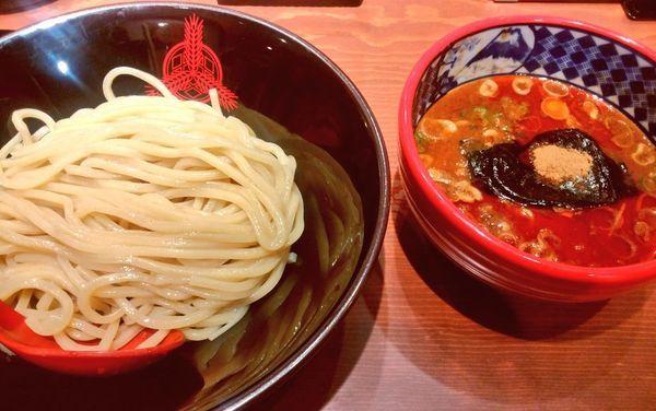 「辛つけ麺・並・冷盛」@つけ麺専門店 三田製麺所 桜木町駅前店の写真