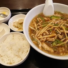 天香餃子の写真
