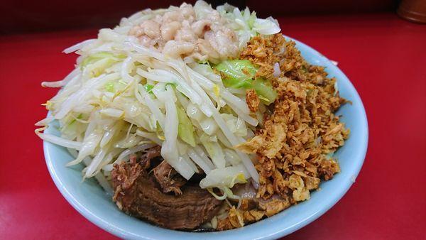 「小ラーメン ねぎ汁なし 野菜マシニンニクアブラスコシマシ」@ラーメン二郎 中山駅前店の写真