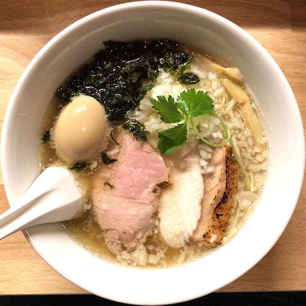 「期間限定 秋刀魚節そば(塩)+特製」@麺屋 白鷺 -shirasagi-の写真
