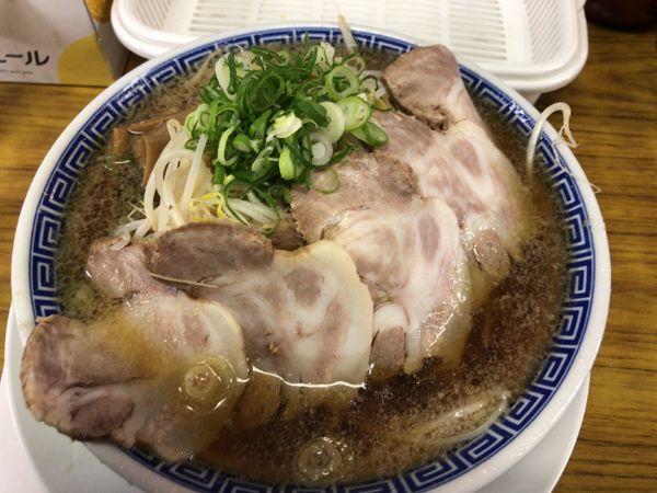 「ラーメン 650円+肉増し 150円+もやし増し 無料」@ラーメン大河の写真