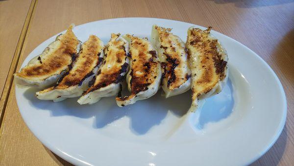 「ジューシー肉汁餃子」@麺バル プライドの写真