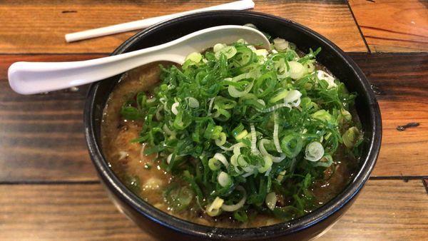「チャーシュー醤油ラーメン ネギトッピング」@麺匠 るい斗の写真