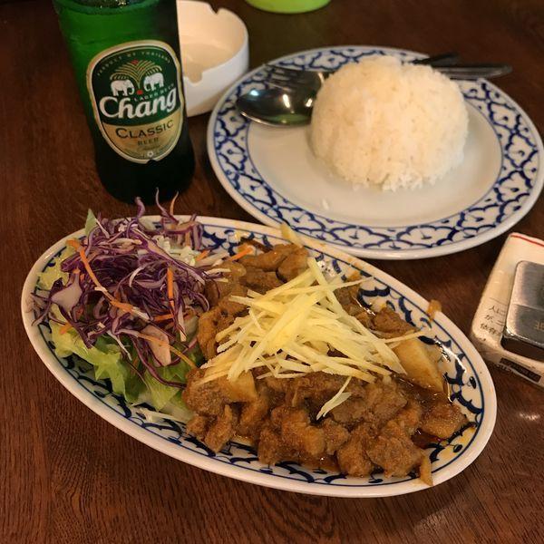 「ゲンハンレー(豚バラのレットカレー)」@タイ屋台料理 メーアンの写真