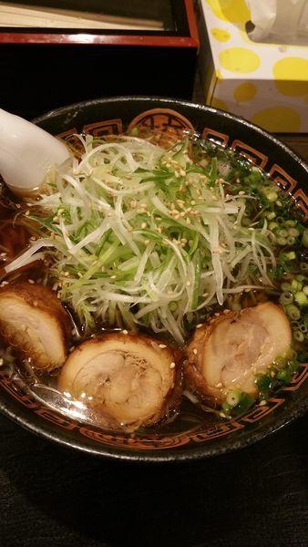 「特製鶏中華」@麺辰の写真