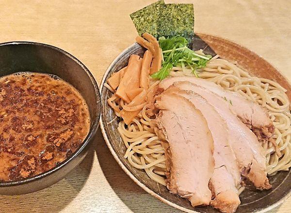 「魚介豚骨つけ麺&チャーシュー3枚増し」@麺屋 くおんの写真