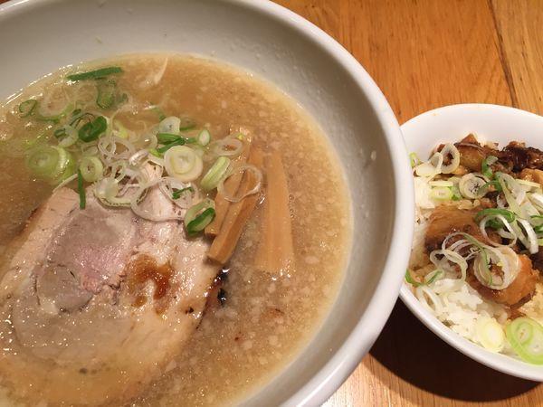 「京都鶏がら豚骨ラーメン」@よってこや お台場店の写真
