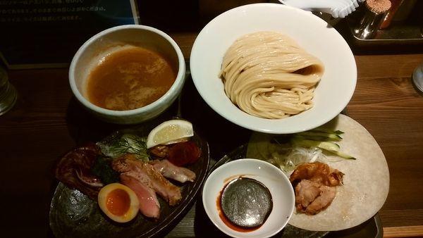「カモーンとぺキーン」@つけ麺 一燈の写真