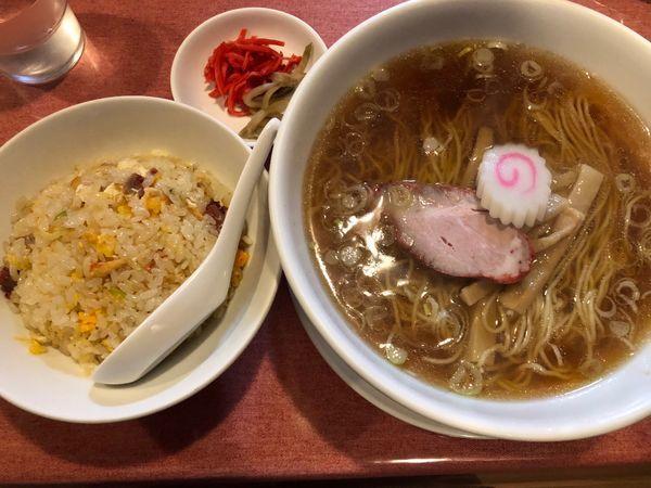 「ラーメン定食980円」@岩手屋の写真