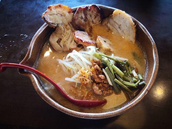 「信州味噌 味噌漬け炙りチャーシュー麺」@麺場 田所商店 中原店の写真
