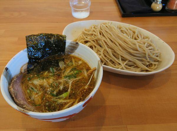 「月曜木曜日 煮干しつけ麺 大盛」@らーめん マル汁屋の写真