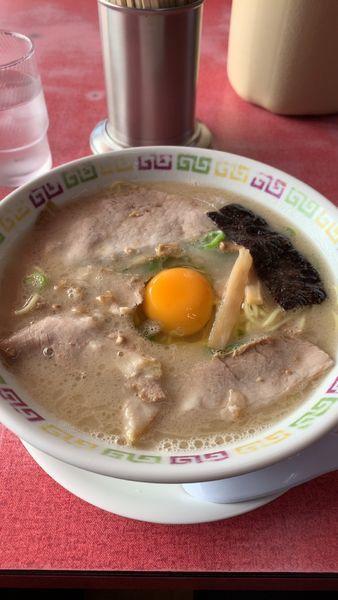 「卵入りラーメン」@大久ラーメンの写真