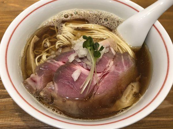 「煮干そば+チャーシュー」@麺尊 RAGEの写真