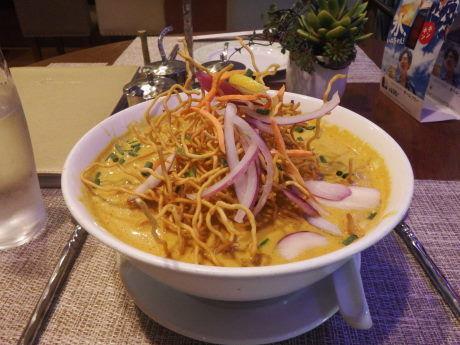 「カオソーイ(チェンマイ風カレーヌードル)」@Bangkok Orientalの写真