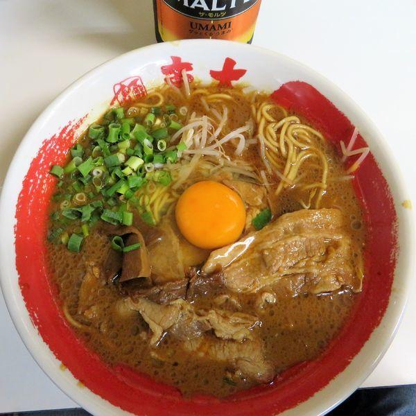 「肉増徳島ラーメン(740円)+サントリーモルツ」@ラーメン東大 大道本店の写真