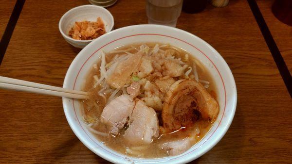 「ラーメン並200g細麺+食べるラー油+炙り豚」@眞久中の写真