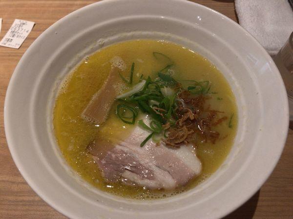 「鶏白湯らーめん750円 水餃子セット150円」@拉麺 弁tenの写真