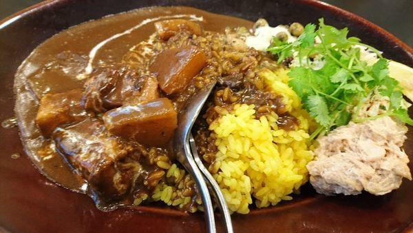 「黒い肉カレー」@カレーは飲み物。 御徒町店の写真