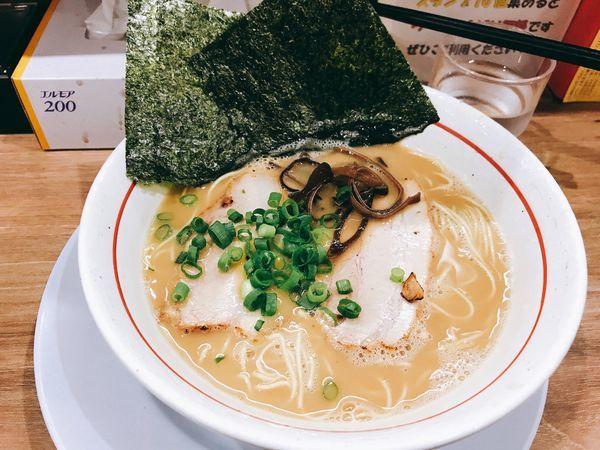 「ラーメン(バリかた)680円」@麺場 絆1048の写真