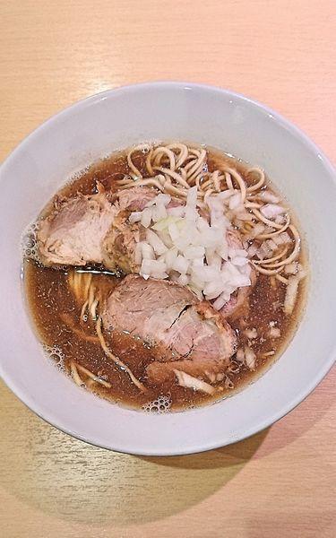 「烏賊煮干らーめん(醤油)&チャーシュー」@らーめん芝浜の写真