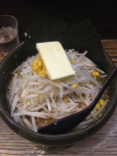 「みそこってりらーめん+もやし・バター」@らーめんダイニング ど・みそ 京橋本店の写真