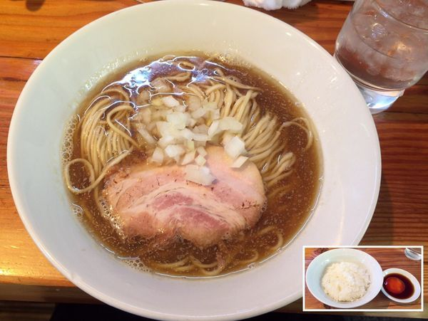 「限定 煮干らーめん 醤油ver. & たまご漬丼」@らーめん芝浜の写真