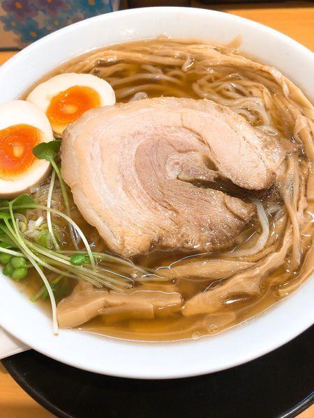 「半熟煮たまごラーメン 醤油 ¥800」@麺処 絢の写真