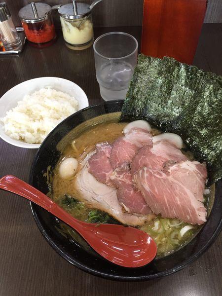 「レアチャーシューメン ¥930」@横浜家系ラーメン 源絆家の写真