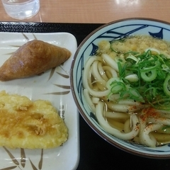 丸亀製麺 コーナン市川店の写真