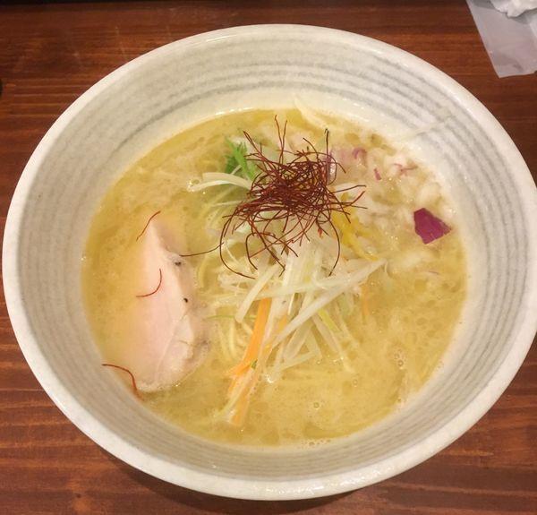 「濃厚鶏塩(300¥)12月9日_2周年記念価格」@鶏SOBA 春夏冬~あきない~の写真