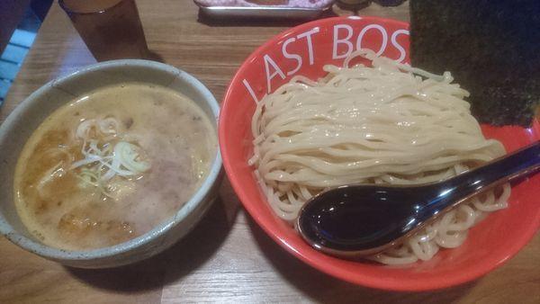 「魚介豚骨つけ麺辛口(特盛)」@つけめん ラスト・ボスの写真