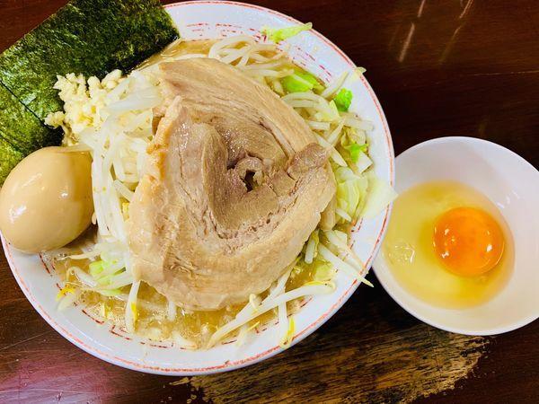 「とんこつ野菜らーめん+生卵」@大勝軒直伝 金太郎の写真