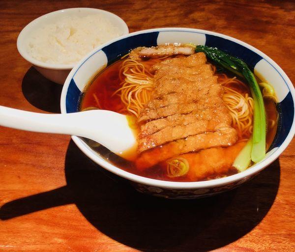 「排骨麺(並・麺固め¥900)」@支那麺 はしご 銀座四丁目店の写真