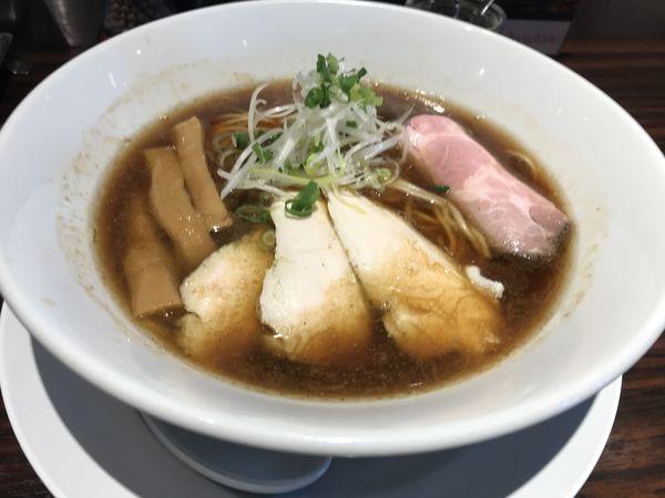 「【限定】ヤマロク再仕込み醤油の鶏そば 980円」@らーめん 本竈 エスパル仙台店の写真