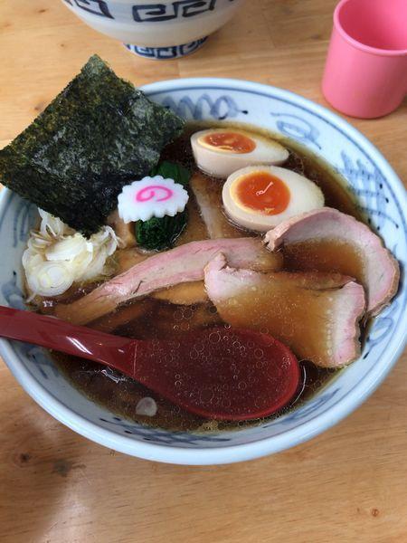 「チャーシュー麺 味玉(生姜醤油)」@とら食堂 松戸分店の写真