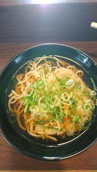 「天ぷらそば」@えきそば 姫路駅店の写真