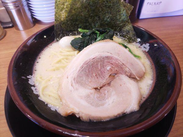「塩ラーメン(1日の日)500円」@横浜家系ラーメン 小作大和家の写真