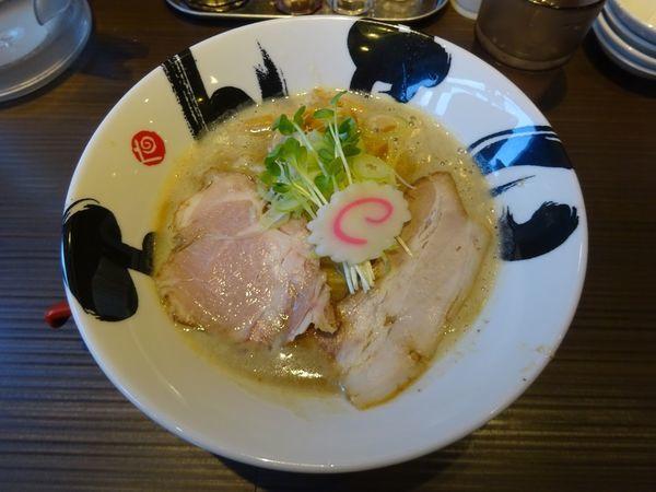 「濃厚鶏白湯」@茨木きんせいの写真