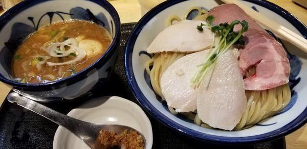 「鶏と魚介の特製つけめん大盛」@つけ麺 たけもとの写真