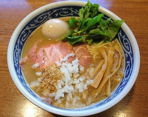 「【限定】濃厚ブリそば+味玉(900円)」@寿製麺よしかわ 川越店の写真