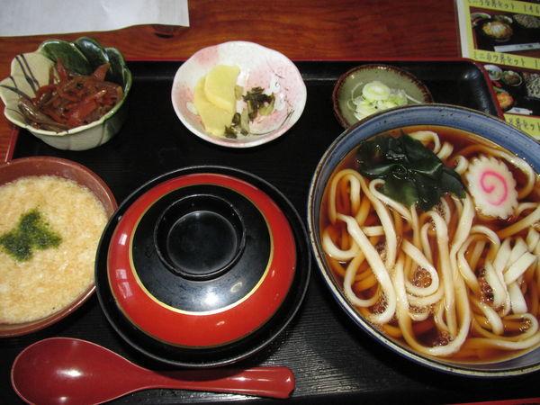 「ミニとろろ丼セット 「1,050円」」@純手打蕎麦 山盛の写真
