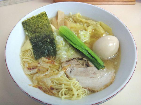 「富山ホワイトワンタンメン¥1,050・味玉」@支那そば 心麺の写真