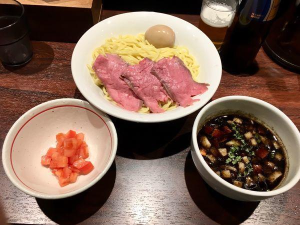「牛王つけ麺+トマト増し」@牛骨らーめん 牛王の写真
