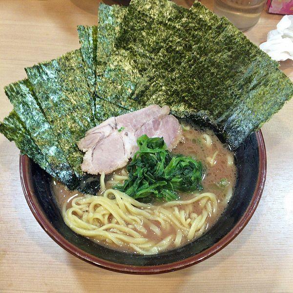 「ラーメン¥650+海苔¥50」@横浜家系らーめん 武道家 賢斗の写真
