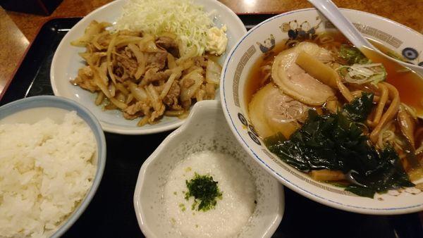 山田うどん カロリー