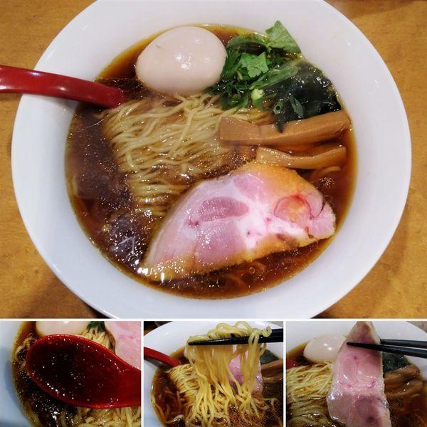「醤油ラーメン(細麺)+味玉=880円」@麺屋 紅の写真
